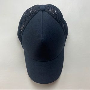 Lululemon Commission Hat